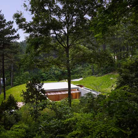 dzn_Earth-House-by-BCHO-Architects-51.jpg