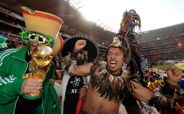 world_cup_2010_south_africa_opening_mexican_fans.jpg