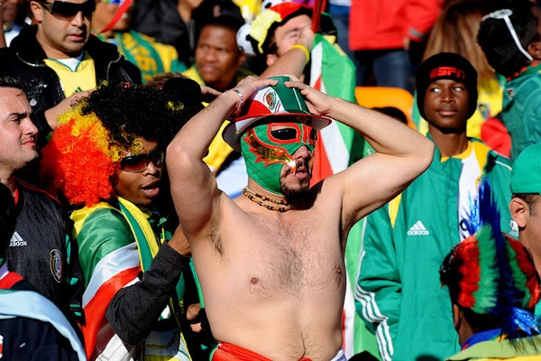 world_cup_2010_fans_mexico02.jpg