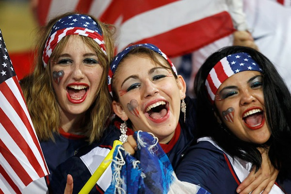 world_cup_2010_fans_usa02.jpg