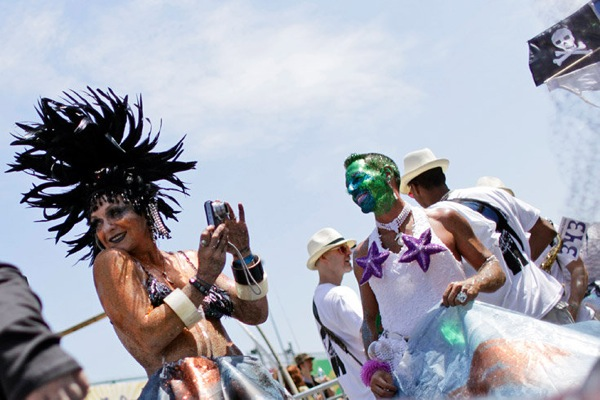 mermaid_parade07.jpg