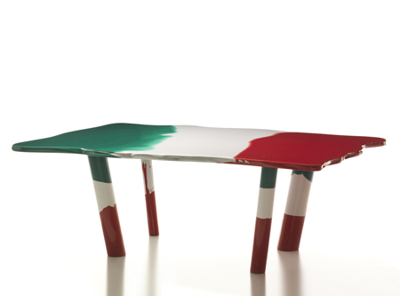 dzn_Table-Italia-by-Gaetano-Pesce-for-Cassina-2.jpg