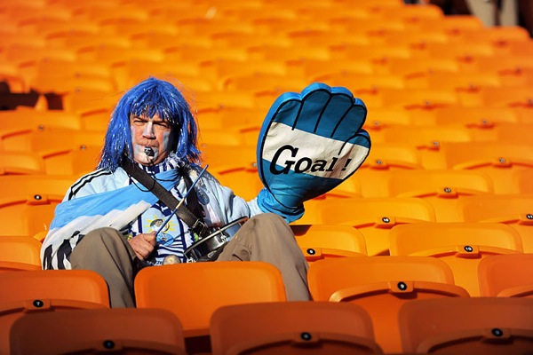 world_cup_2010_argentina_fan5.jpg