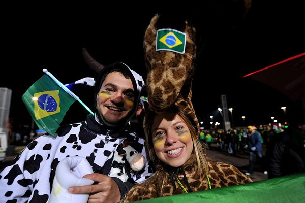 world_cup_2010_brazil_fan13.jpg