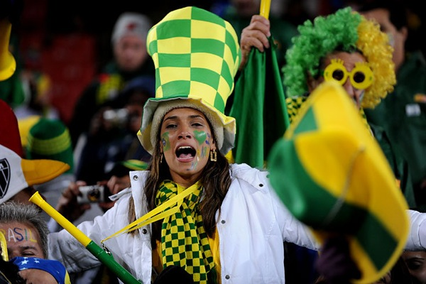 world_cup_2010_brazil_fan15.jpg