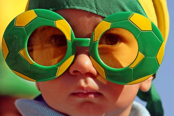 world_cup_2010_brazil_fan2.jpg