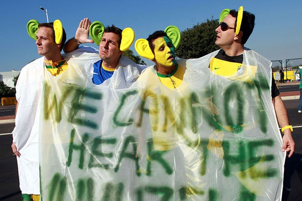 world_cup_2010_brazil_fan7.jpg