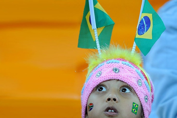 world_cup_2010_brazil_fan8.jpg