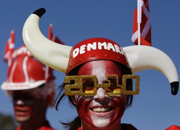 world_cup_2010_denmark_fans3.jpg
