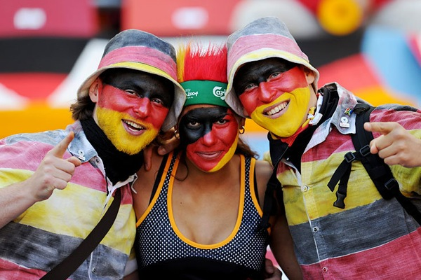 world_cup_2010_germany_fans3.jpg