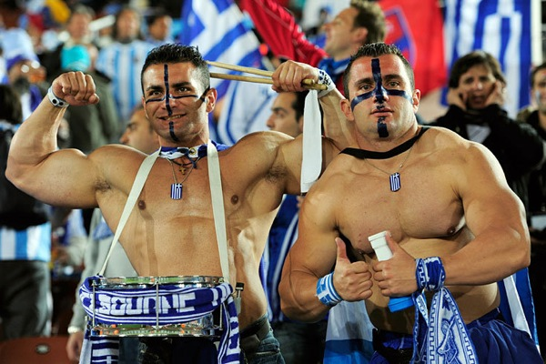 world_cup_2010_greece_fan2.jpg