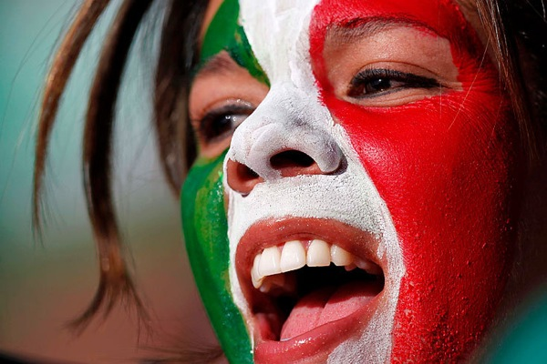 world_cup_2010_italy_fans6.jpg