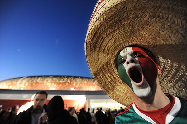 world_cup_2010_mexico_fan.jpg