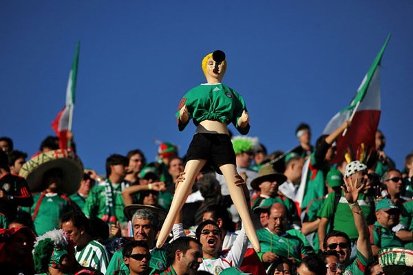 world_cup_2010_mexico_fan3.jpg