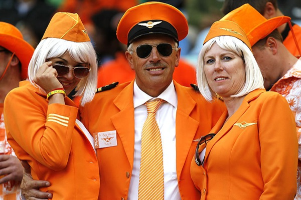 world_cup_2010_netherlands_fans2.jpg
