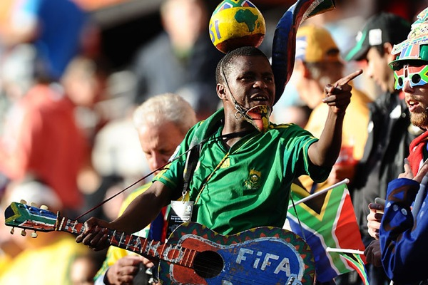world_cup_2010_south_africa_fan2.jpg