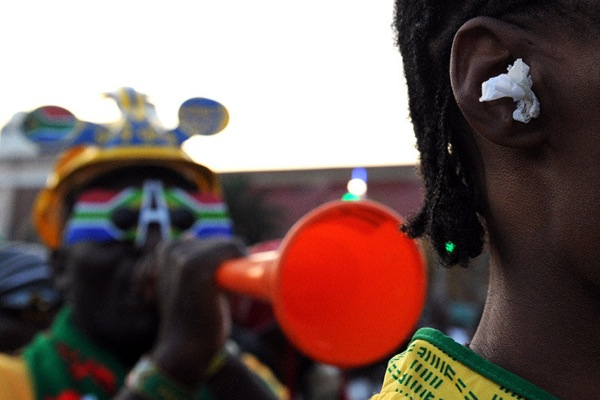 world_cup_2010_south_africa_fan26_vuvuzelas_noise_ear.jpg