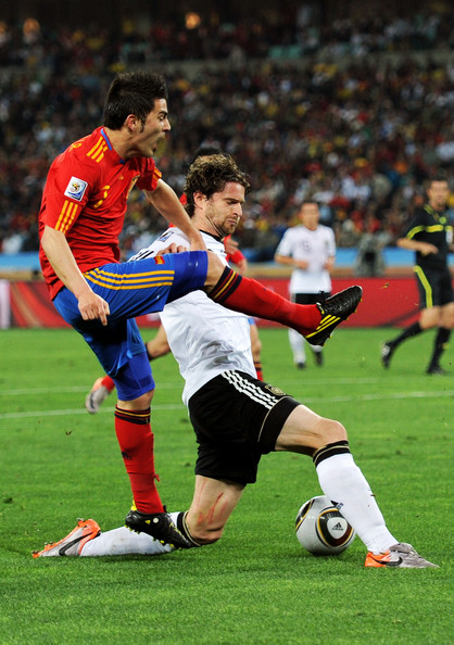 spain_germany_arne_friedrich_blocks_shot_by_david_villa.jpg