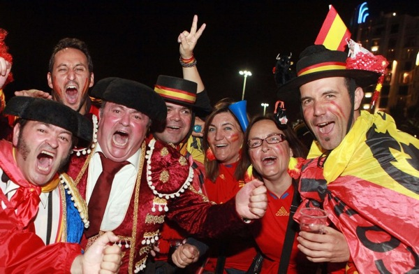 spain_germany_fans01.jpg