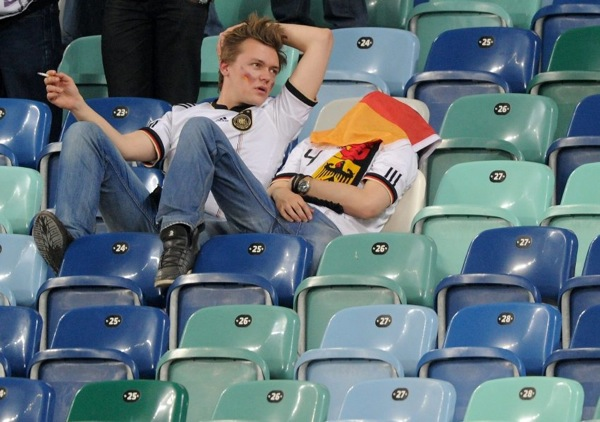 spain_germany_fans03.jpg