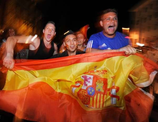spain_germany_fans06.jpg