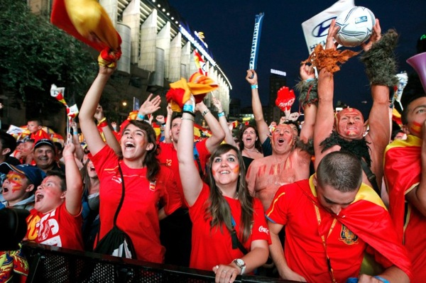 spain_germany_fans08.jpg