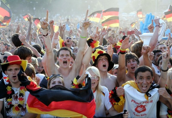 spain_germany_fans09.jpg