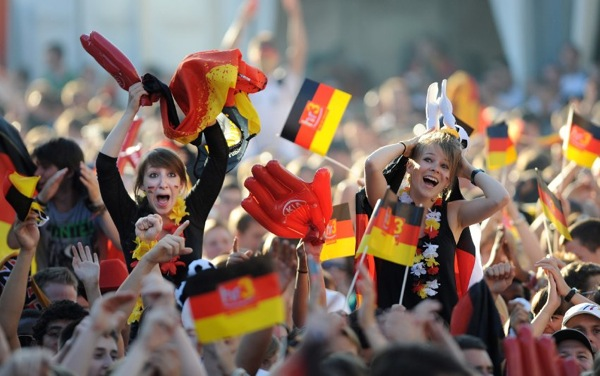 spain_germany_fans10.jpg