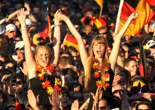 spain_germany_fans11.jpg