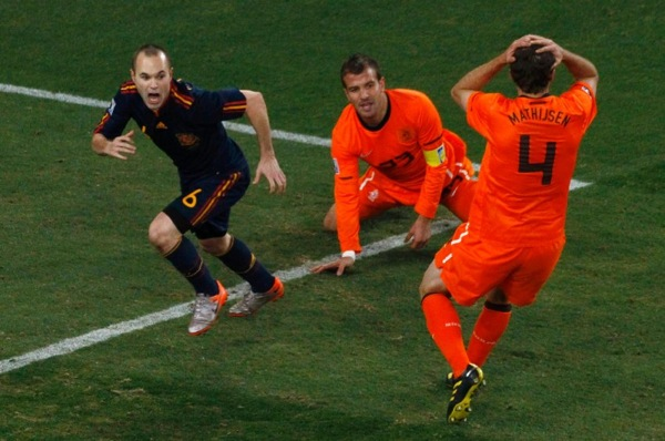 world_cup_2010_final_andres_iniesta3.jpg