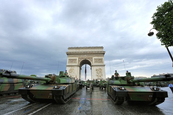 bastille_day_france_parade1.jpg