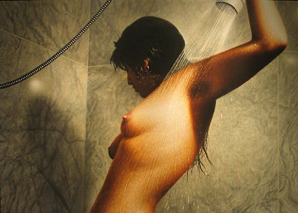 hyper_realistic_paintings-hilo_chen-_05.jpg