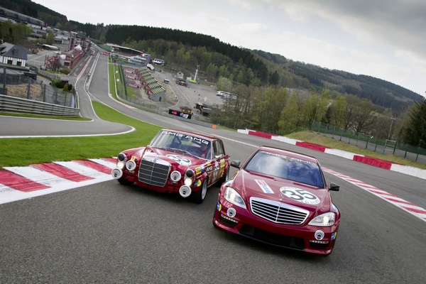 mercedes_s63_and_rote_sau_300sel_09.jpg