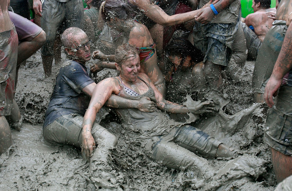 13th+Annual+Mud+Festival+Takes+Place+Boryeong+mI_q8O1YY9gl.jpg