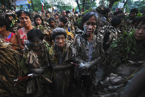 Mud+People+Festival+Celebrated+Philippines+hyBNwjBdxSPl.jpg
