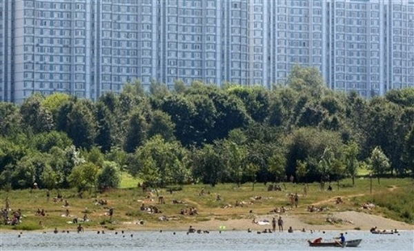heat_russia_moscow_borisovkye_ponds2.jpg