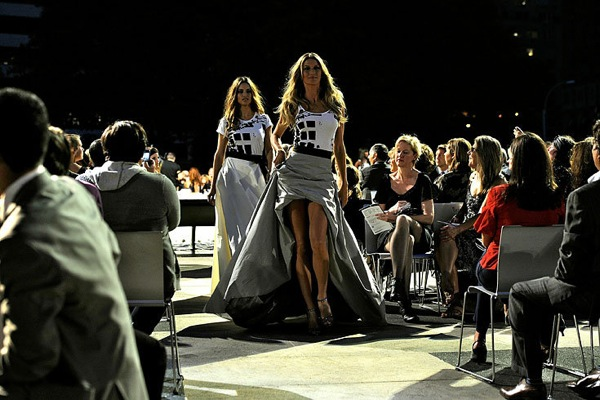 fashion_night_out_gisele_bundchen.jpg