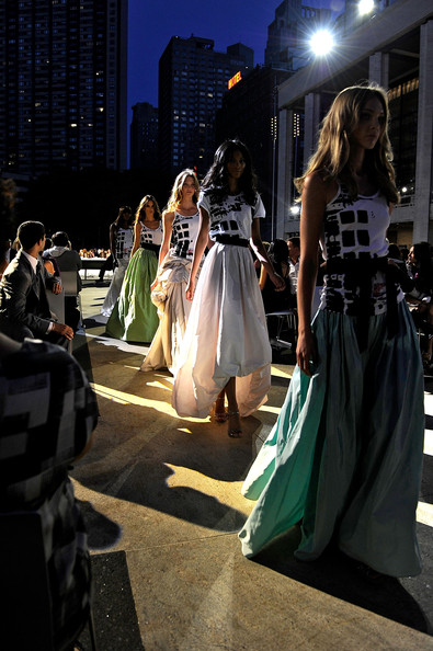 fashion_night_out_runway8.jpg