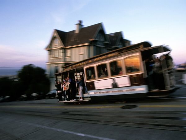 cable-car-hyde-street_21281_600x450.jpg