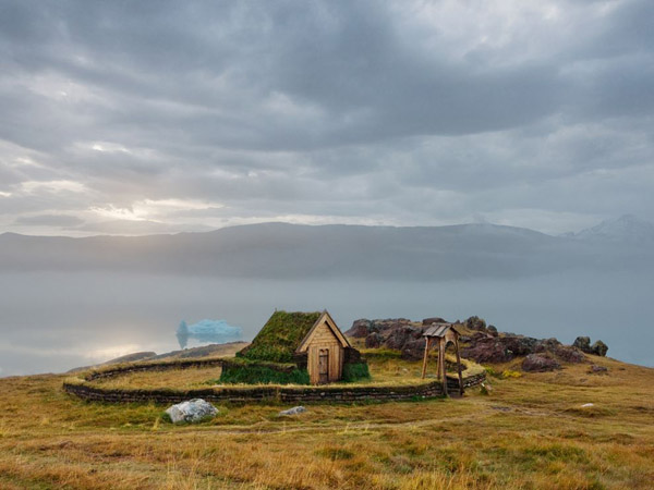 wood-church-greenland_25318_990x742.jpg