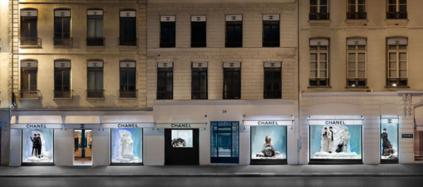 Chanel-Window-Shopping-02.jpg