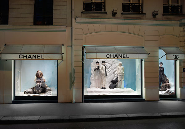 Chanel-Window-Shopping-03.jpg