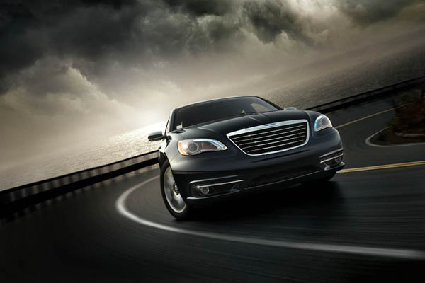11-2011-chrysler-200.jpg