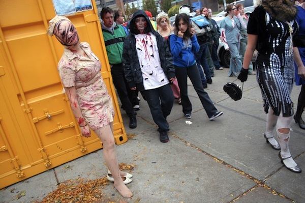 8th_annual_zombie_walk_toronto_canada04.jpg