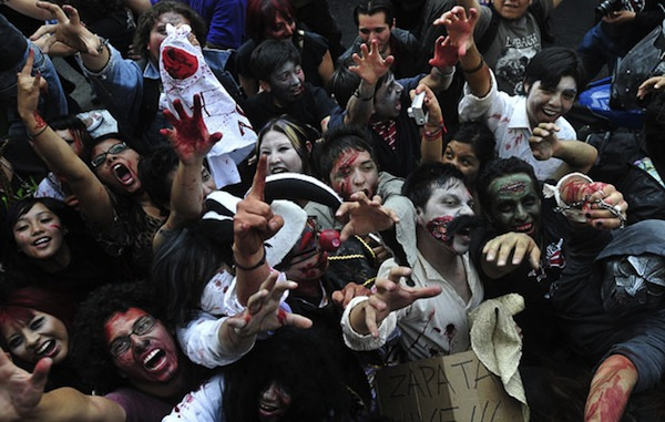 zombie_walk_mexico_city05.jpg