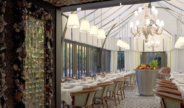 le-royal-monceau-by-philippe-starck-14.jpg