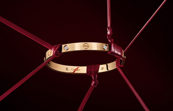 CARTIER-LOVE-COLLECTION-2011.jpg