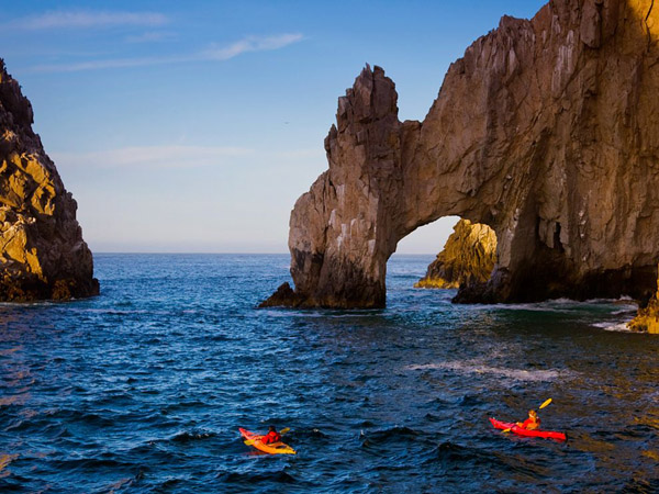 kayakers-lands-end-arch-baja-california_29413_990x742.jpg