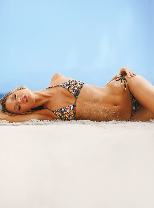 candice-swanepoel-dec-swim-vs-42.jpg