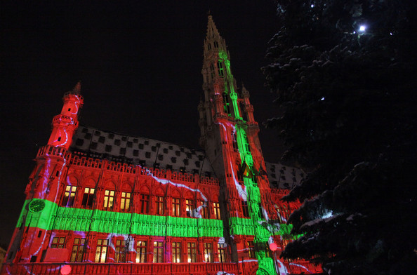 Christmas+Lights+Illuminate+La+Grand+Place+-NjPFdqmN2Nl.jpg
